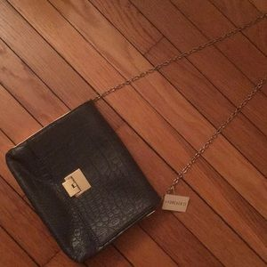 *BRAND NEW* Forever 21 gray textured purse